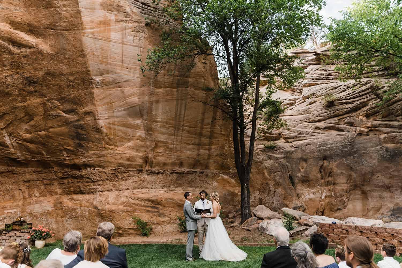 utah wedding at best friends_0074.jpg
