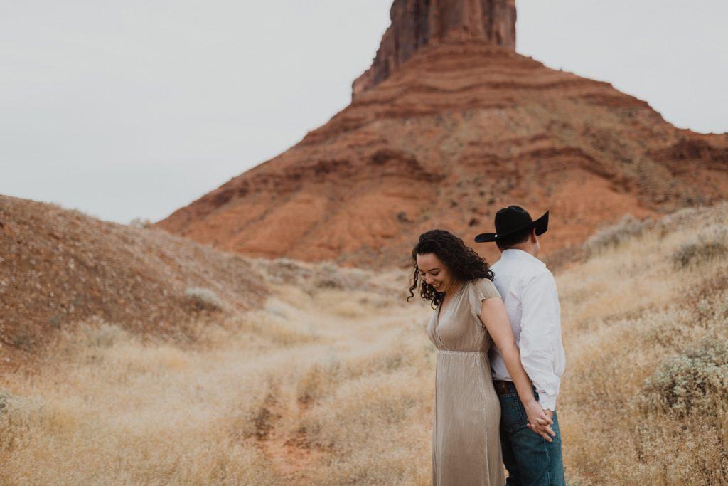 moab engagement photos